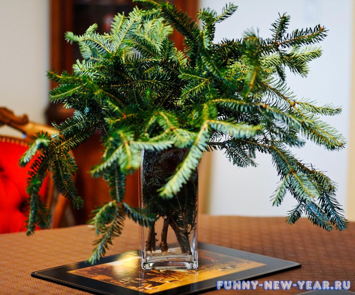 Венок к новому году из игрушек