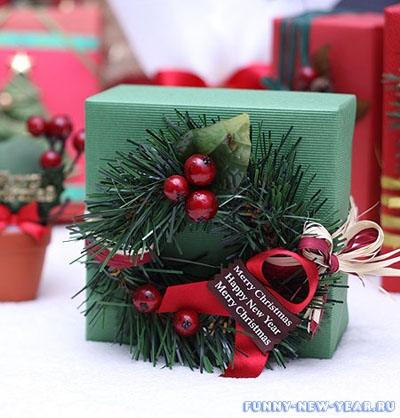 Упаковать подарок своими руками в бумагу