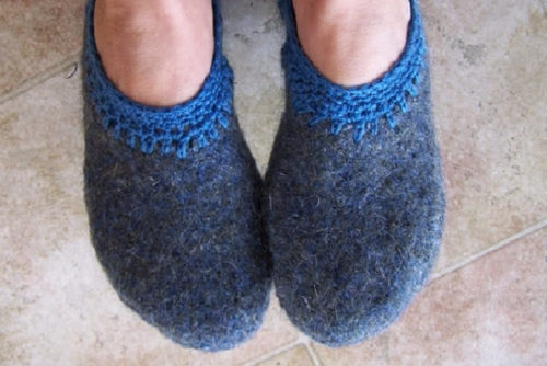 тапочки из свитера