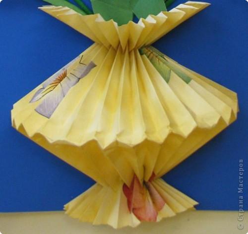 ваза оригами из обоев