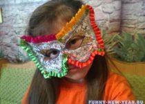 Новогодняя маска из бумаги своими руками