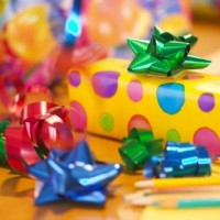 Прикольные подарки подростку на Новый год 2017