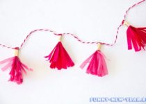 DIY-Mini-Tassel-Garland