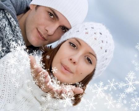 молодая пара на новый год