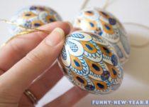 игрушки на елку из яиц