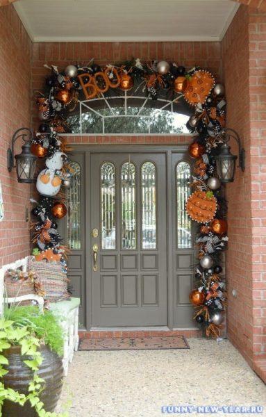 cool-halloween-front-door-decor-ideas-13