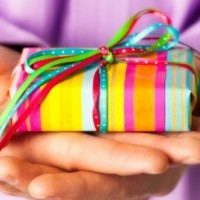 Как упаковать подарок на Новый год 2018 своими руками