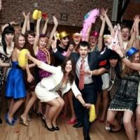 6 идей веселых конкурсов для взрослых на Новый год 2020