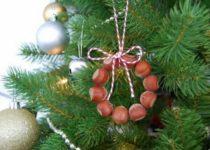 elochnye-igrushki-svoimi-rukami-19-210x150 Елочные игрушки своими руками: мастер класс, фото. Как сделать новогодние игрушки на елку для детского сада, на конкурс, для уличной и большой елки?