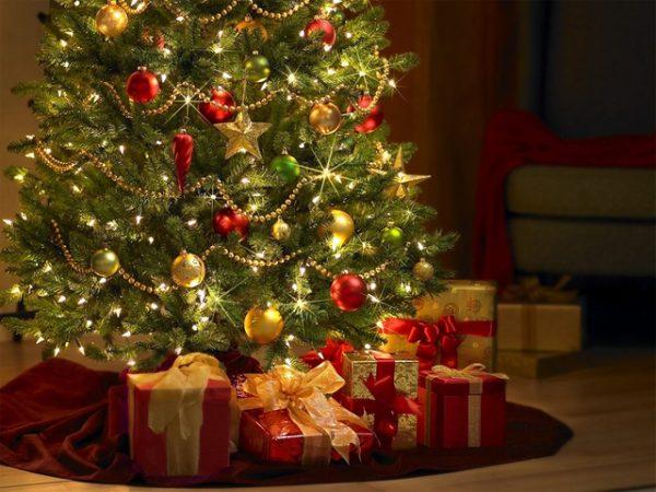 5 стилей как украсить елку на Новый год 2019 своими руками