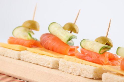 Вкусные закуски к праздничному столу 2020 года