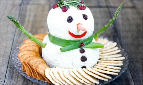 снеговик из риса