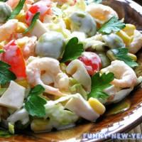 7 вкусных и простых рецептов салатов из кальмаров на Новый год 2018