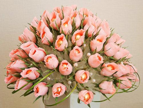 Конфетный букет из роз