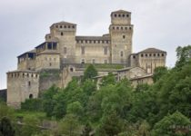 Средневековый замок Италии