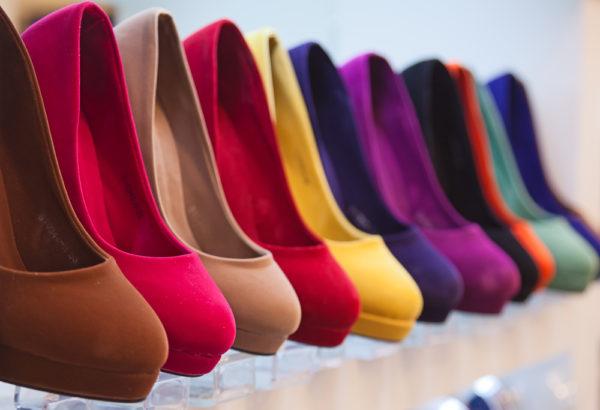 обувь в подарок маме