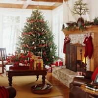 Куда поставить елку на Новый год 2017